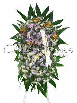 1007 Coroa de Flores com 2 Buquês