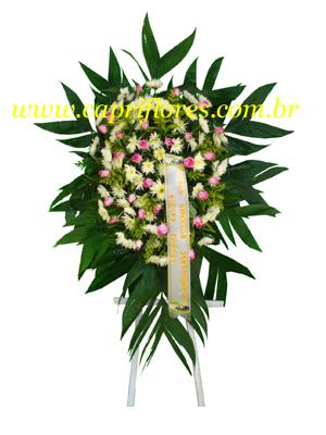 1013 Coroa de Flores com Rosas e Flores Campestres