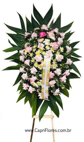1233 Coroa de Flores com Rosas Dobradas na Cor Pink