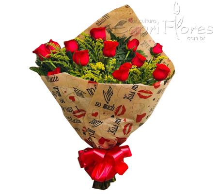 1775 ♥ Buquê com 1 Dúzia de Rosas - Papel Decorado