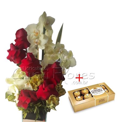2428 ♥ Vaso de Orquídea Phalianópolis com Rosas Dobradas + Ferrero Rocher