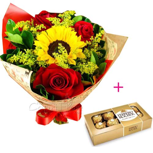 3067 Buquê com 3 Rosas Vermelhas Dobradas e 1 Girassol