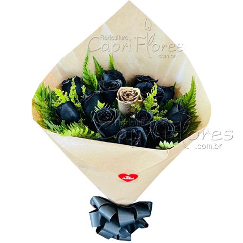 4572 ♥  Buquê com Rosas Negras e 1 Dourada