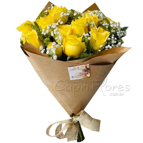 4819 Buquê com 12 Rosas amrelas no Kraft