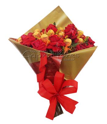853 Puro Romance Ferrero com Rosas Importadas