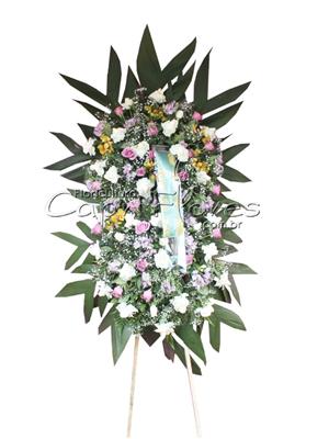 986 Coroa de Flores com 2 Buquês